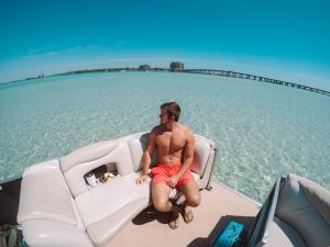 Power-Up-Watersports-Boat-Rental-4