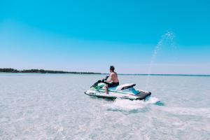 Power-Up-Watersports-Jet-Ski-Rental-10