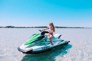 Power-Up-Watersports-Jet-Ski-Rental-8
