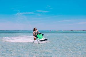 Power-Up-Watersports-Jet-Ski-Rental-9